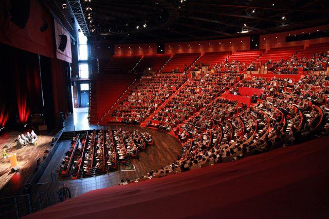 030 amphitheatre salle 3000 centre congres cdubois - Plan de salle palais des congres porte maillot ...